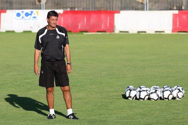 El entrenador Míchel entrenará al Getafe en la temporada 2021-22.
