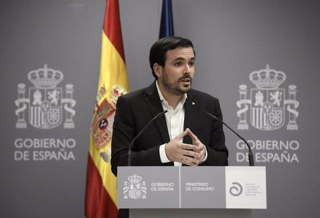 El ministro de Consumo, Alberto Garzón, interviene en la presentación del informe sobre los riesgos asociados al consumo de bebidas energéticas, a 31 de mayo de 2021, en el Ministerio de Consumo, Madrid, (España). Durante la convocatoria han explicado los