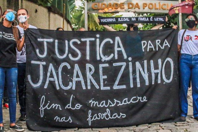 Protesta contra la masacre que se produjo en la favela de Jacarezinho, en el norte de Río de Janeiro, después de la intervención de la Policía contra un grupo de crimen organizado.