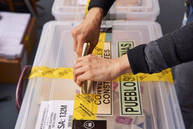 Imagen de las elecciones a constituyentes en Chile
