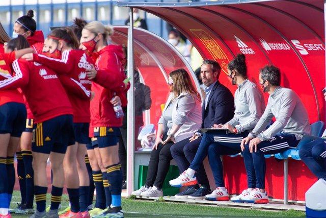 Archivo - Jorge Vilda, head coach of Spain Team, during Friendly women match between Spain Team and Mexico Team at Municipal Marbella Stadium on April 13, 2021 in Malaga, Spain.