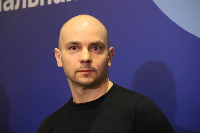 Archivo - 13 March 2021, Russia, Moscow: Andrei Pivovarov, Russian oppositionist, attends a meeting of the Russian opposition movement so-called 'United Democrats'. Russian security forces have arrested several people after breaking up the meeting. Photo: