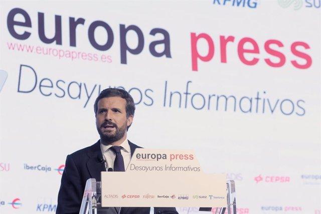 El president del Partit Popular, Pablo Casado, intervé en un Esmorzar Informatiu d'Europa Press, a 1 de juny de 2021, a l'Auditori El Beatriz Madrid, Madrid, (Espanya).