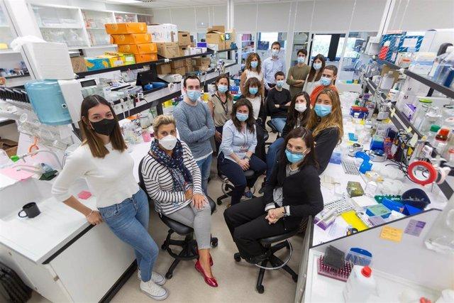 Equipo investigador del Laboratorio de Terapias para Tumores Sólidos Pediátricos de la Clínica Universidad de Navarra
