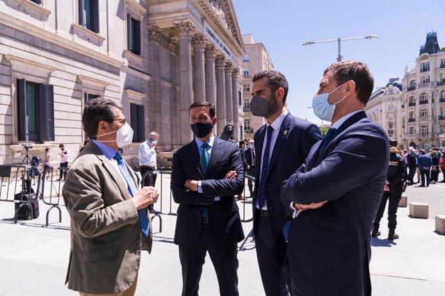 Matarí y Castellón junto al alcalde, Ramón Fernández-Pacheco y el presidente de la Diputación, Javier Aureliano García, en Madrid