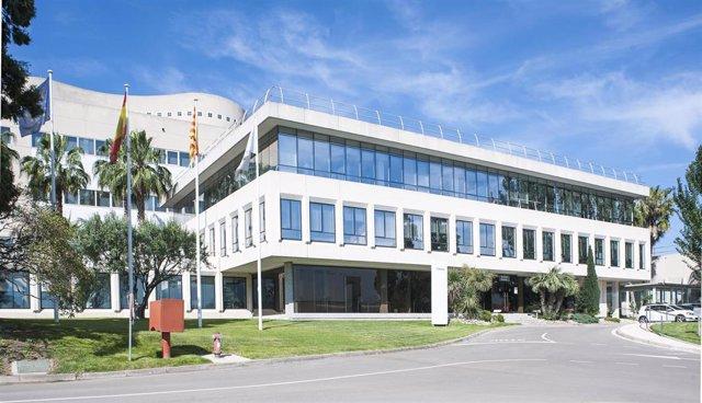 Archivo - Alimentacion.- La FDA autoriza a Almirall a producir Seysara en Sant Andreu de la Barca (Barcelona)