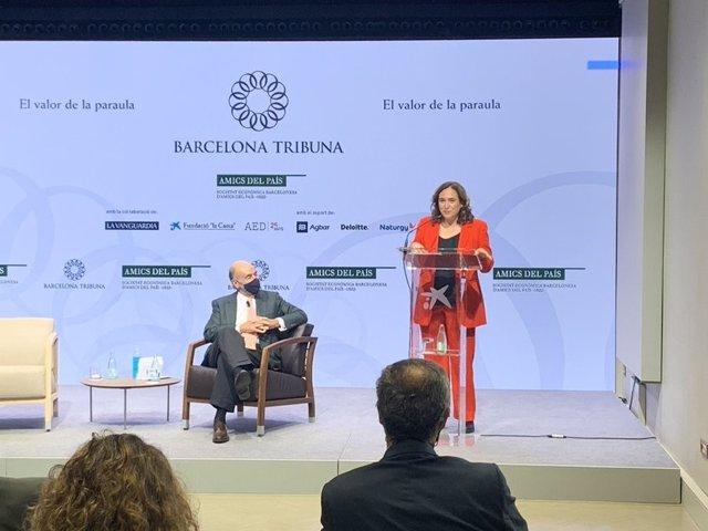 Colau demana repensar el model d'infraestructures més enllà de l'ampliació de l'Aeroport en el fòrum que ha organitzat Barcelona Tribuna.