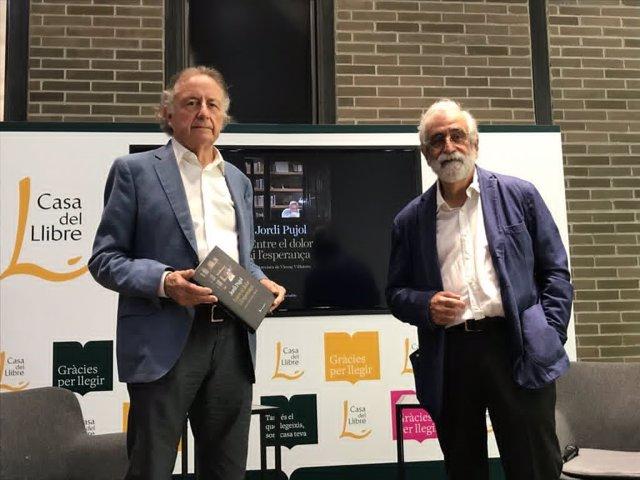 El periodista Vicenç Villatoro presenta el llibre 'Jordi Pujol. Entre el dolor i l'esperança' acompanyat del també periodista Josep Ramoneda.