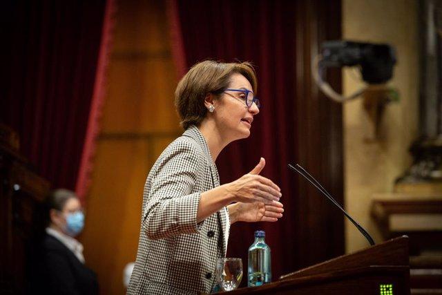 Archivo - Arxiu - La vicepresidenta primera del Parlament, Anna Caula (ERC).