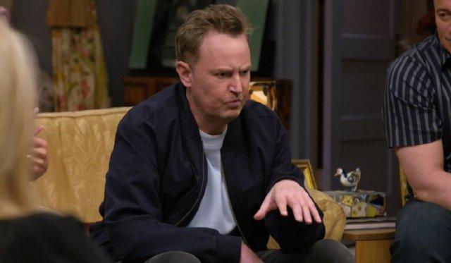 """El director de la reunión de Friends defiende a Matthew Perry tras las críticas de los fans: """"La gente puede ser cruel"""""""