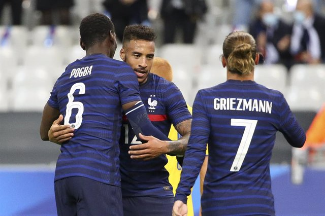 Archivo - Corentin Tolisso of France celebrates a goal with Paul Pogba, Antoine Griezmann during the Friendly Game football match between France and Ukraine on October 7, 2020 at Stade de France in Saint-Denis, France - Photo Jean Catuffe / DPPI