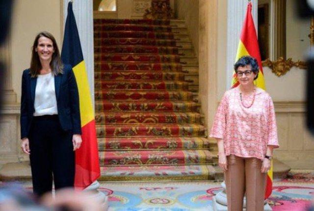 La ministra de Asuntos Exteriores, Unión Europea y Cooperación, Arancha González Laya, se ha reunido este miércoles con su homóloga belga, Sophie Wilmès.