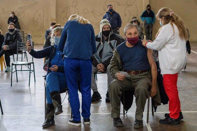 Vacunaciones contra la COVID-19 en Argentina