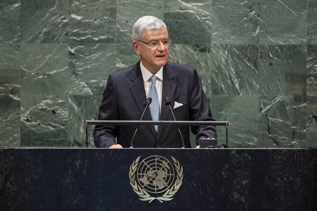 Archivo - HANDOUT - 22 September 2020, US, New York: President of the UN General Assembly Volkan Bozkir delivers his opening speech of the 75th session of the General Assembly. Photo: Eskinder Debebe/Un Photo/dpa - ATTENTION: editorial use only and only i