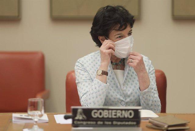 Arxiu - La ministra d'Educació i Formació Professional, Isabel Celaá.