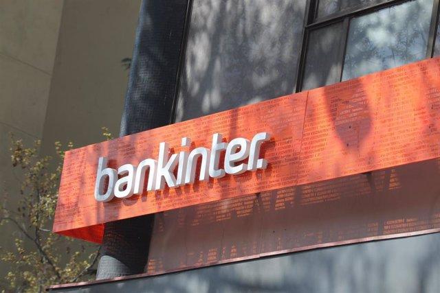 Archivo - Letrero del banco Bankinter en una de sus oficinas, en Madrid (España), a 25 de marzo de 2020.