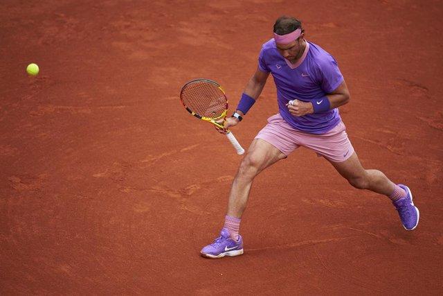 Archivo - El tenista español Rafa Nadal, en su victoria sobre el bielorruso Ilya Ivashka en segunda ronda del Barcelona Open Banc Sabadell 2021