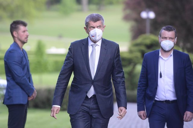 31 May 2021, Czech Republic, Lany: Czech Prime Minister Andrej Babis (C)leaves the Lany Castle after a meeting with President Milos Zeman. Photo: Vondrou? Roman/CTK/dpa