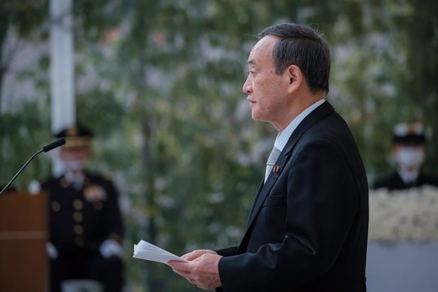 Archivo - 07 November 2020, Japan, Tokyo: Japanese Prime Minister Yoshihide Suga delivers a speech during a memorial ceremony for the dead of Self Defence Forces (Japan's army) at the Ministry of Defence. Photo: -/Pool via ZUMA Wire/dpa