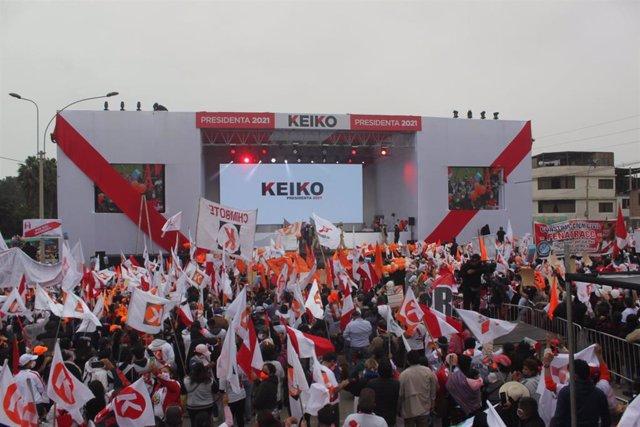 Cierre de campaña de la candidata presidencial peruana Keiko Fujimori