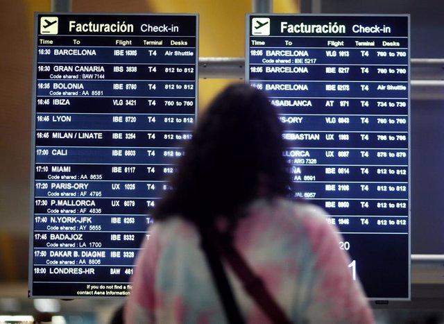 Archivo - Imagen de archivo del Aeropuerto Adolfo Suárez Madrid Barajas.