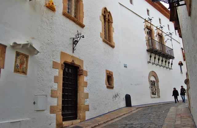 Façana del Cau Ferrat, la casa-museu del pintor i escriptor modernista Santiago Rusiñol, de qui se celebra el 90è aniversari de la seva mort aquest 2021. A Sitges (Barcelona), 27 de febrer del 2010.