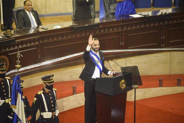 El presidente de El Salvador, Nayib Bukele, en la Asamblea Legislativa del país