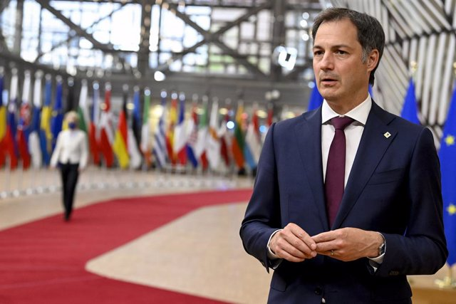 24 May 2021, Belgium, Brussels: Belgian Prime Minister Alexander De Croo speaks to media upon his arrival to attend a special EU summit. Photo: Pool Philip Reynaerts/BELGA/dpa