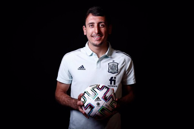 Mikel Oyarzabal poses for photo after an interview for Europa Press of Spain Team ahead of a friendly football match against Portugal on june 4, as part of the team's preparation for the upcoming 2020 UEFA Euro Cup football tournament, on June 02, 2021 in