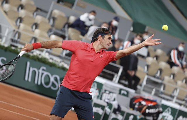 Roger Federer of Switzerland during day 7 of the French Open 2021, Grand Slam tennis tournament on June 5, 2021 at Roland-Garros stadium in Paris, France - Photo Jean Catuffe / DPPI