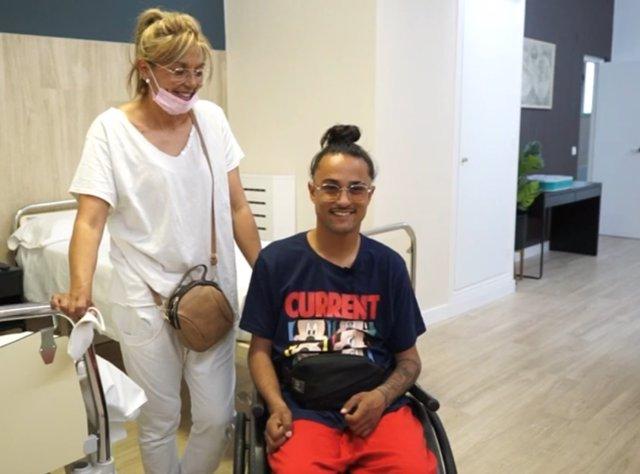 El Hospital Vithas La Milagrosa de Madrid devuelve la funcionalidad de las manos de un joven con tetraplejia