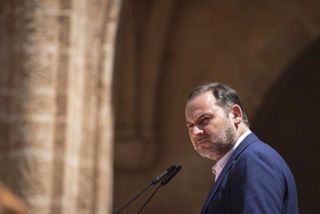 Arxiu - El ministre de Transports  i secretari d'Organització del PSOE, Jose Luis Ábalos.