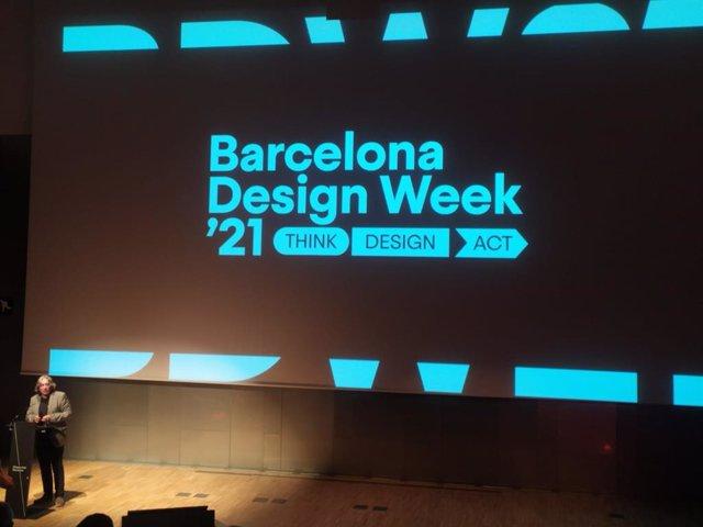 El regidor de Turisme i Indústries Creatives de l'Ajuntament de Barcelona, Xavier Marcé, en l'acte inaugural de la Barcelona Design Week