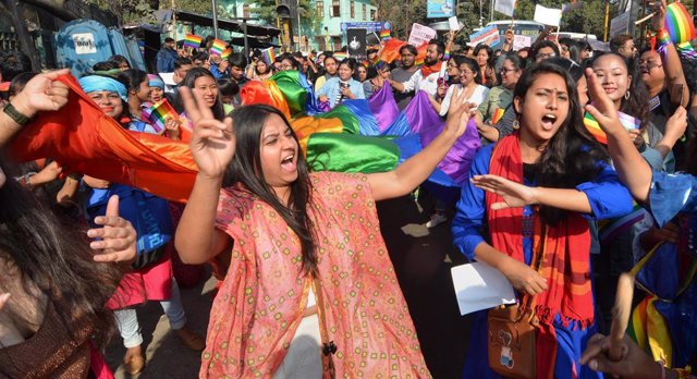 Archivo - 03 February 2019, India, Guwahati: Members and supporters of the LGBT community take part in the Queer Pride Walk 2019. Photo: ABDUL SAJID/PTI/dpa