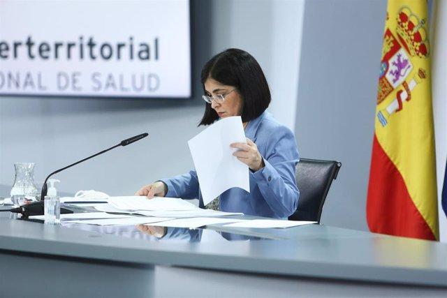 La ministra de Sanidad, Carolina Darias, durante una rueda de prensa posterior a la reunión del Consejo Interterritorial del Sistema Nacional de Salud, a 26 de mayo de 2021, en Madrid (España).