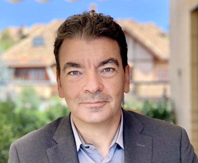 El director de la nueva área de Marketing, Experiencia del cliente y Transformación de Tressis, José Luis Arbeo.