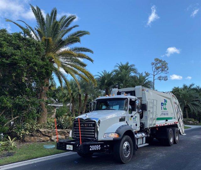 Vehículo recolector de FCC en Florida