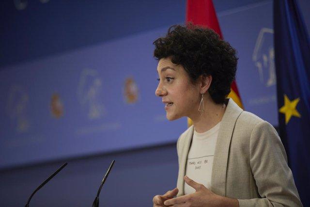 La portavoz parlamentaria de Unidas Podemos, Aina Vidal, interviene en una rueda de prensa anterior a una Junta de Portavoces, a 8 de junio de 2021, en la Sala Constitucional del Congreso de los Diputados, Madrid, (España).
