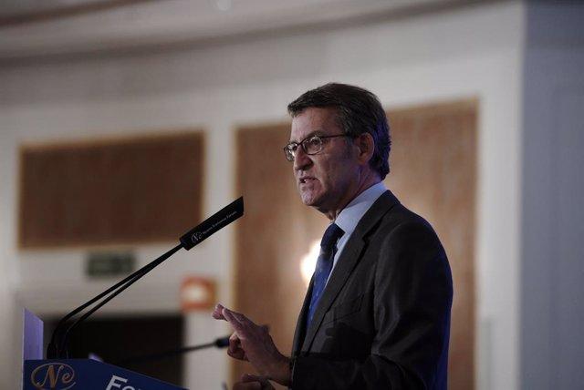 El presidente de la Xunta de Galicia, Alberto Núñez Feijoo, interviene en un desayuno informativo organizado por Nueva Economía Forum, a 8 de junio de 2021, en el Hotel Four Seasons, Madrid, (España). Su intervención se produce un día después de informar