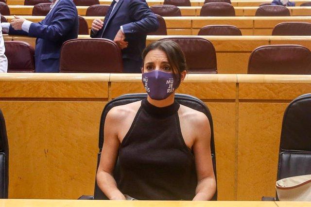 La ministra de Igualdad, Irene Montero, en una sesión de control al Gobierno, a 8 de junio de 2021, en el Senado, Madrid, (España).