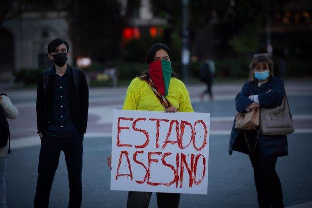 Portesta en Barcelona contra el Gobierno de Colombia.