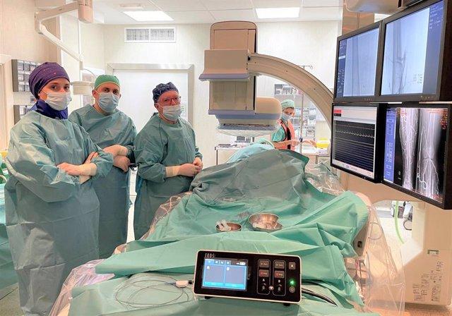 El Hospital Ruber Internacional trata con éxito una trombosis venosa crónica de miembro inferior