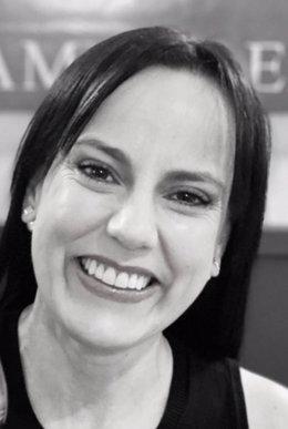 Autora de la novela, Cloacas de lujo (Caso Ciru).