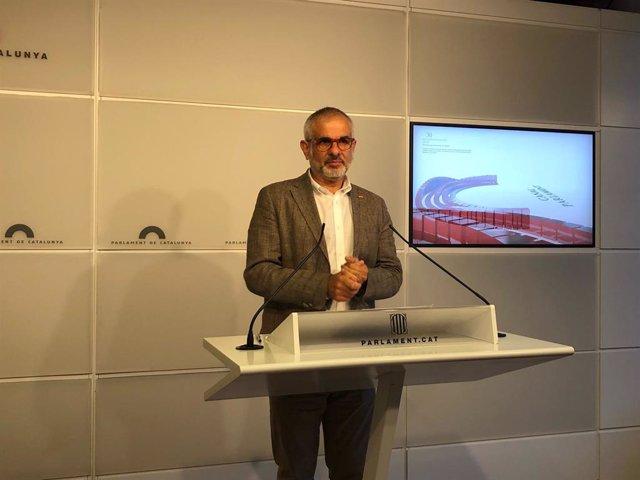 El líder de Cs a Catalunya, Carlos Carrizosa, en roda de premsa en el Parlament el 9 de juny de 2021