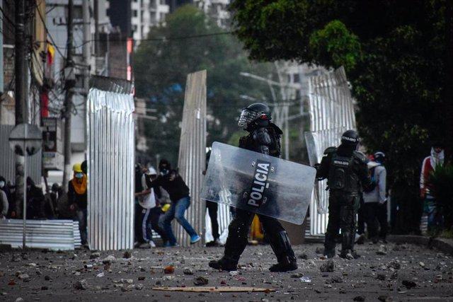 Enfrentamientos entre la Policía de Colombia y manifestantes durante las últimas protestas contra la agenda económica del Gobierno y la represión de las protestas