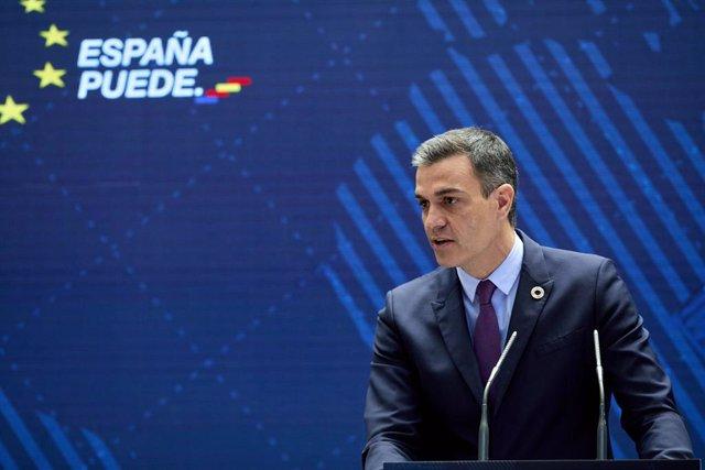 El presidente del Gobierno, Pedro Sánchez, interviene en la presentación del Plan de Acción para la Internacionalización de la Economía Española 2021-2022, en la sede del Instituto de Comercio Exterior (ICEX), a 26 de mayo de 2021, en Madrid (España). El