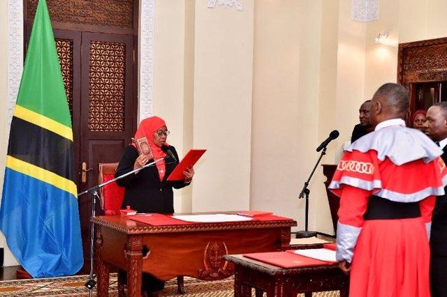 Archivo - La presidenta de Tanzania, Samia Suluhu Hassan
