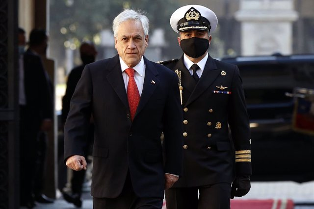 Archivo - Sebastián Piñera llega al Palacio de la Moneda