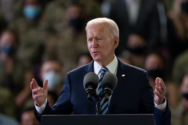 Biden en el discurso a las tropas estadounidenses en la base británica