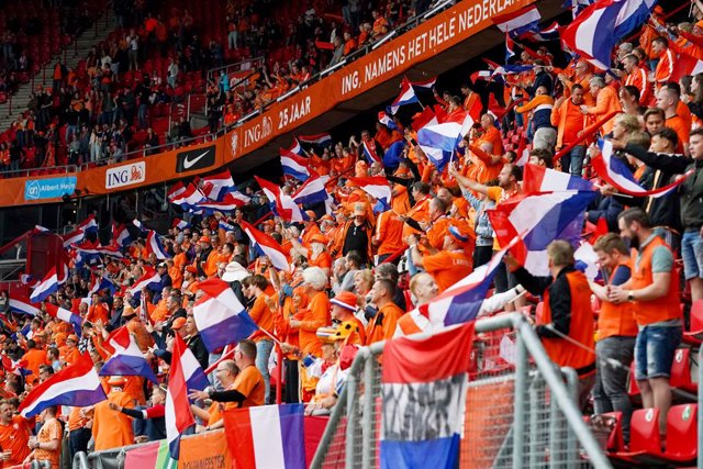 Fans of the Netherlands during the International Friendly football match between Netherlands and Georgia on June 6, 2021 at FC Twente Stadion in Enschede, Netherlands - Photo Andre Weening / Orange Pictures / DPPI